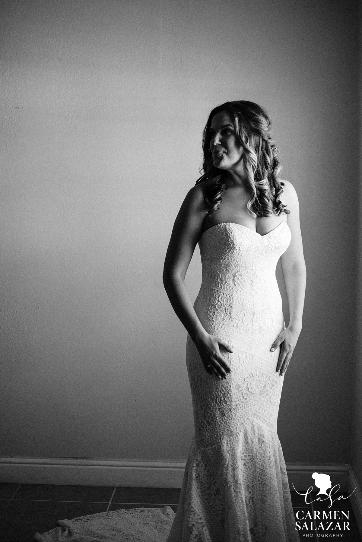 Moody bridal getting ready portraits - Carmen Salazar