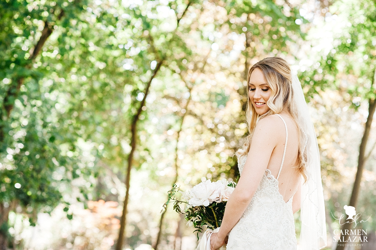 Natural light bridal portraits - Carmen Salazar