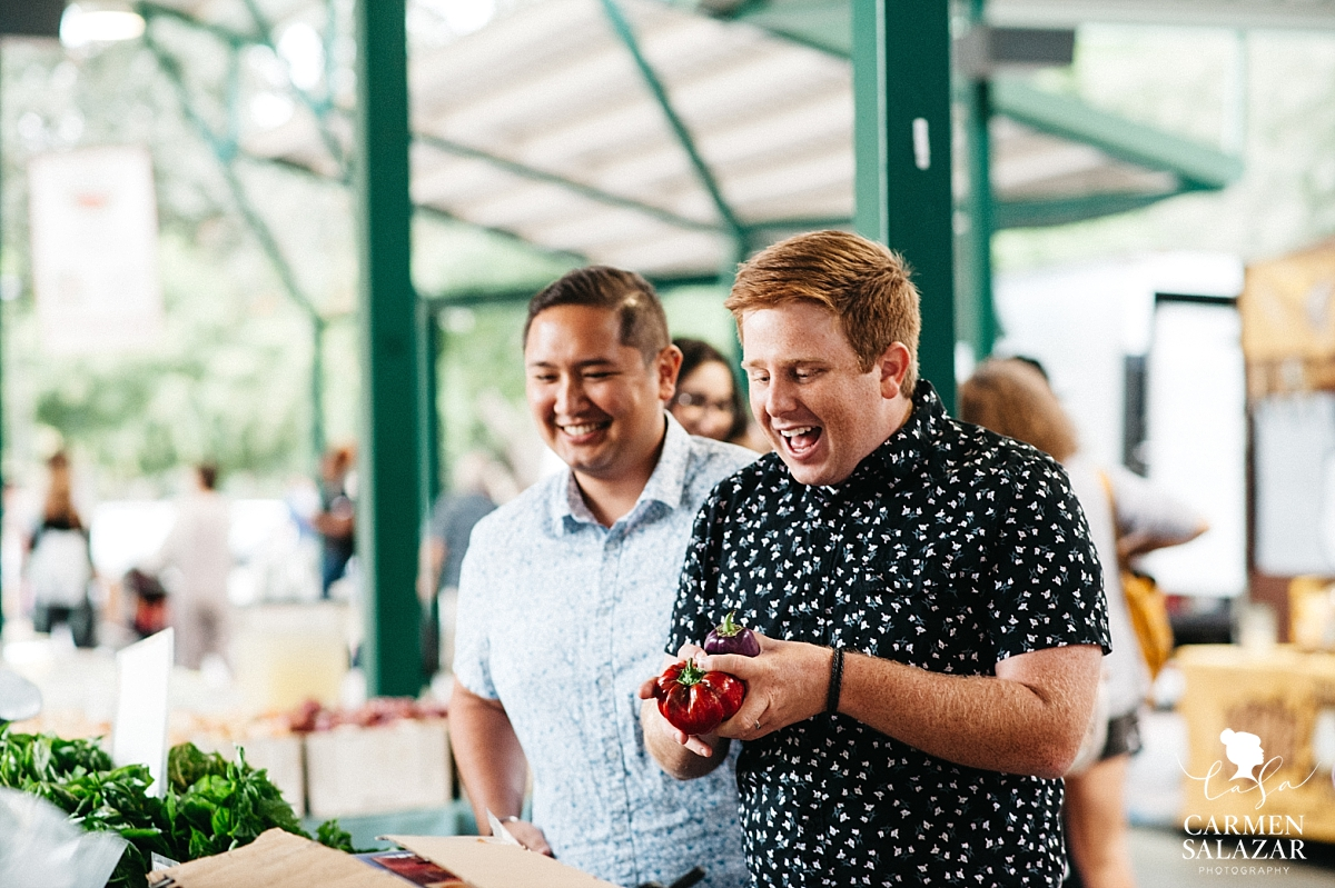 Fun Farmer's Market engagement session - Carmen Salazar