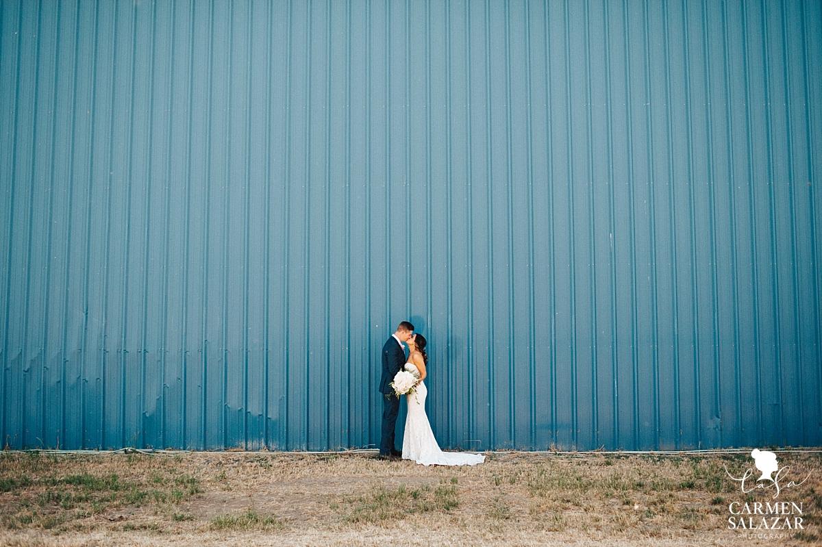 Wedding first look kiss - Carmen Salazar
