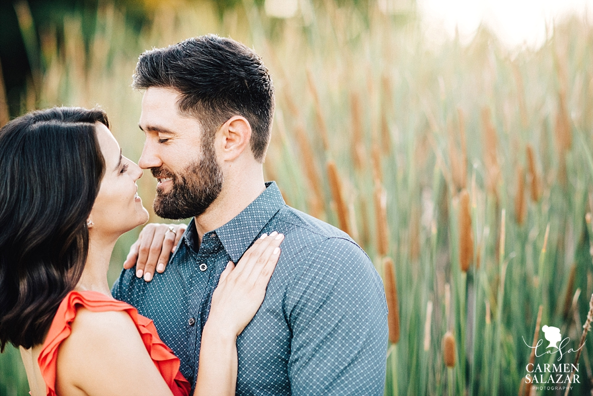 Intimate Bywater Farms engagement session - Carmen Salazar