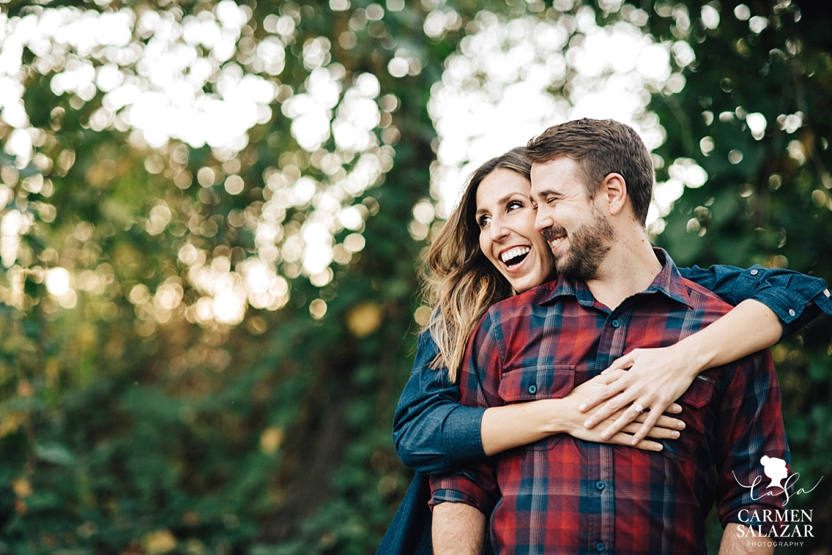 Fun and casual engagement session - Carmen Salazar