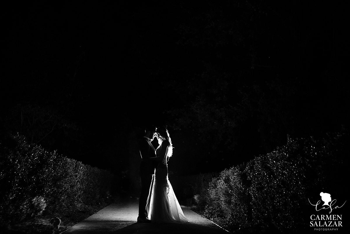 Creative bride and groom night portraits - Carmen Salazar