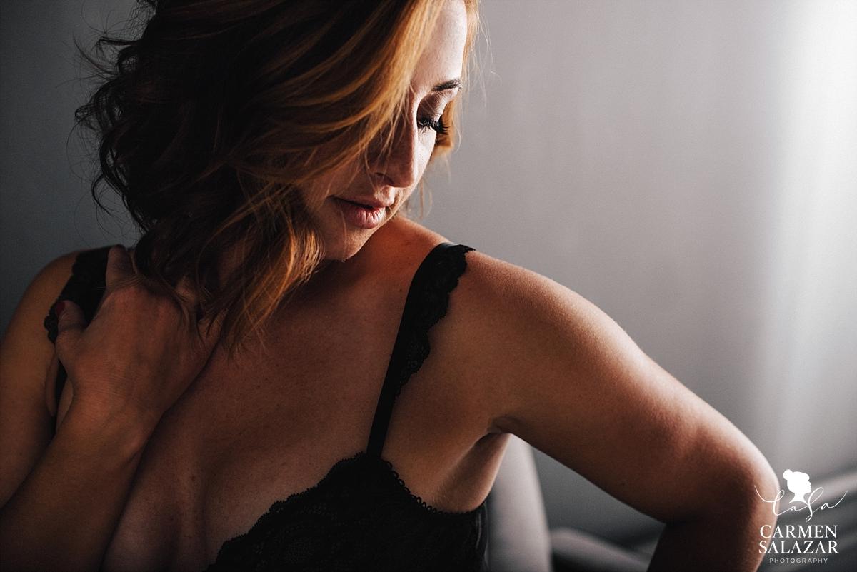 Sassy and fierce boudoir portraits - Carmen Salazar