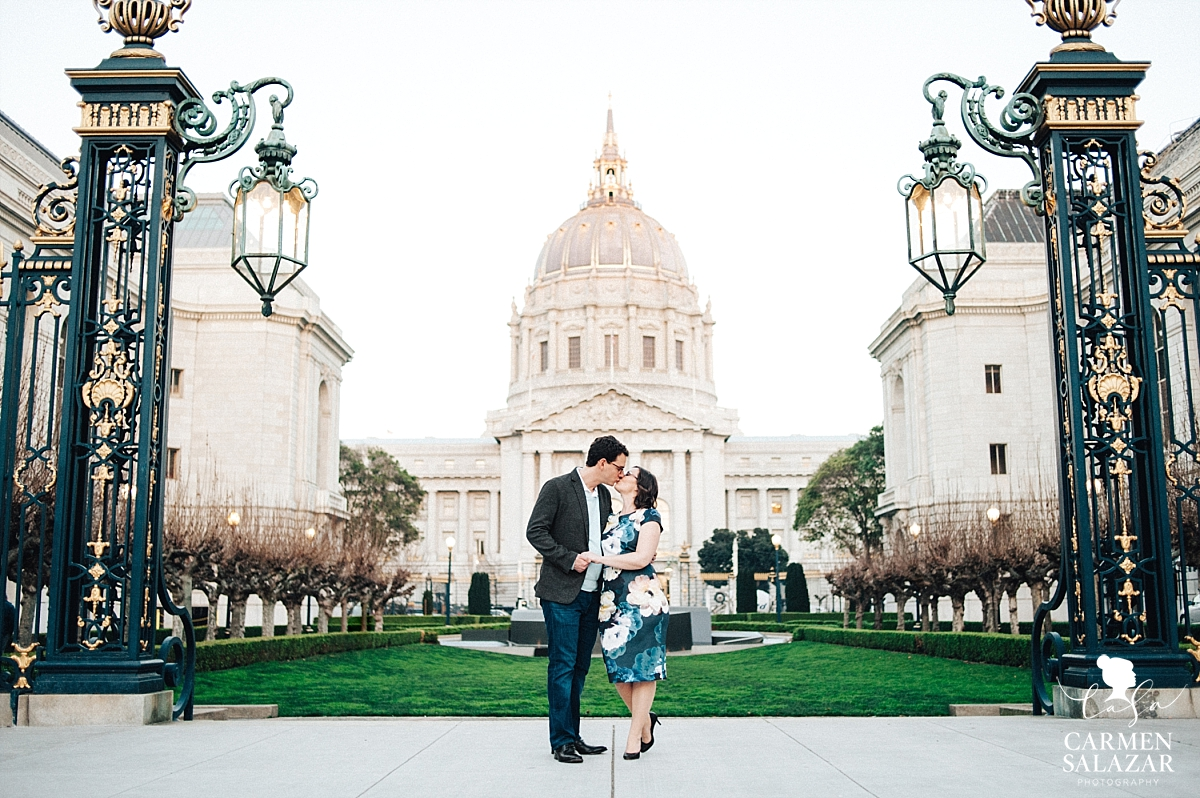 Couple kissing in front of City Hall in San Francisco