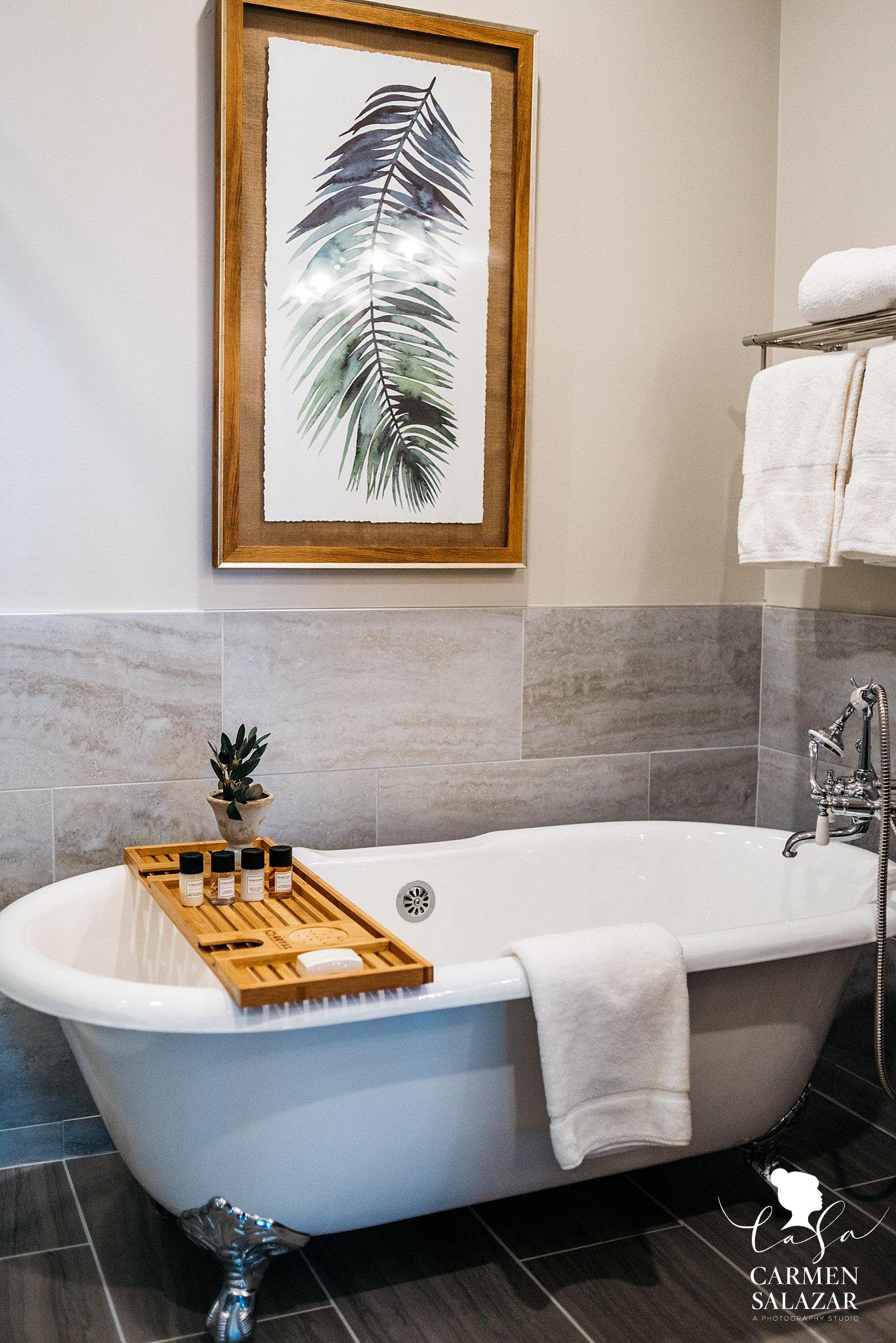 Modern high end bathroom with freestanding bathtub in Hotel Winters